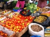 Buntes Treiben auf dem Markt